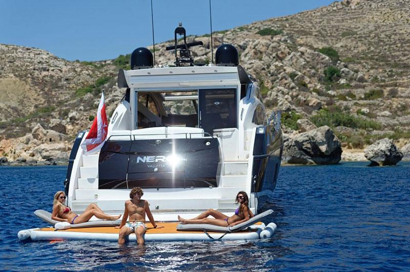 People enjoying the extra space a platform gives - Nautibuoy Marine